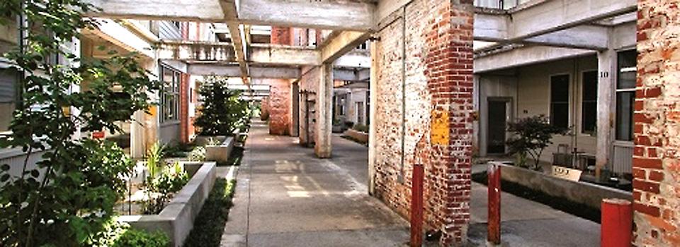 pollock-commercial-studioplex-courtyard